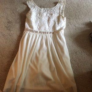 White/ cream, small barley worn, a line, lace